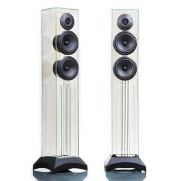 Review and test Floor standing speakers Waterfall Victoria Evo